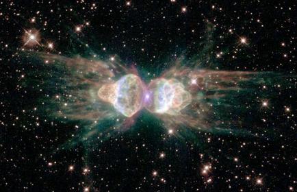 الاســـم:ant-nebula_1372990i.jpg المشاهدات: 998 الحجـــم:26.3 كيلوبايت